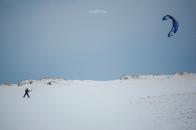 Snow-kiting