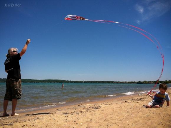 beach_kite_flying